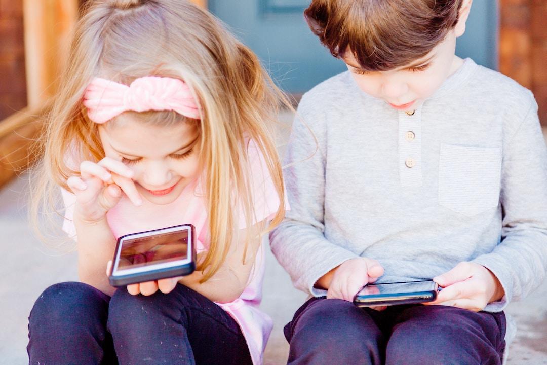 kids phone portrait
